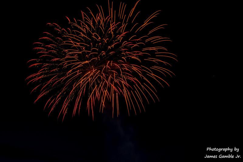 Fourth-of-July-Fireworks-2016-0329.jpg