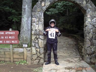 """Rider 41 Mike """"IB Pete"""" Langford"""