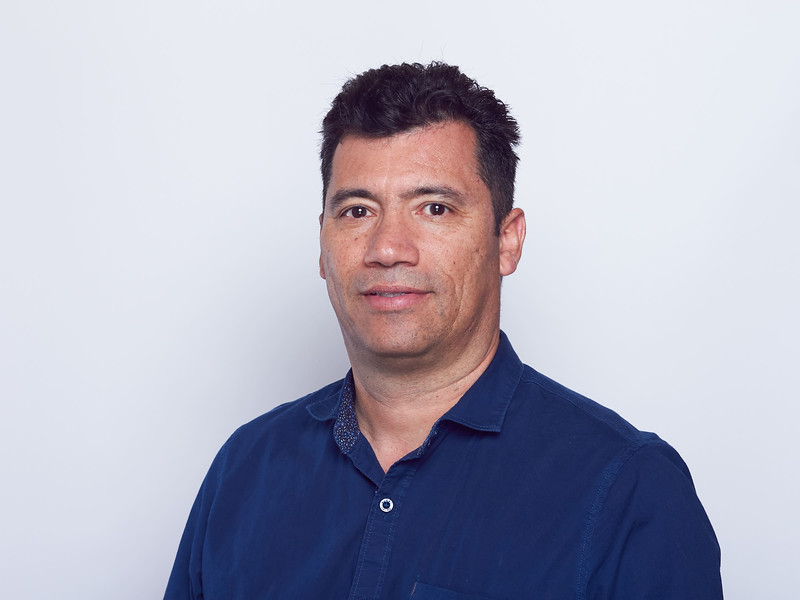 Óscar Dueñas-VRTLPRO Headshots-0041.jpg