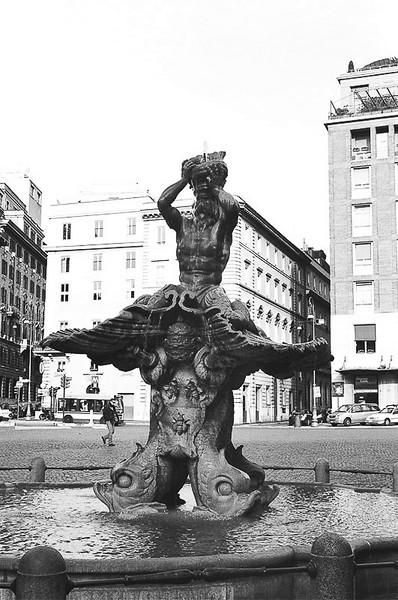 Sunday_Bernini_s_Big_Fountain