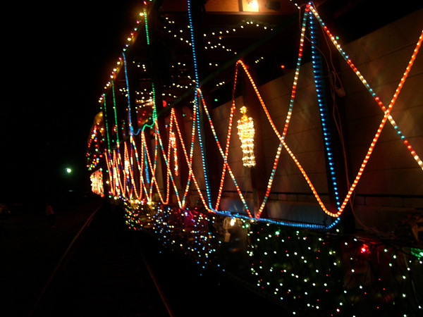 Sunol Christmas train - 14th Dec 2003