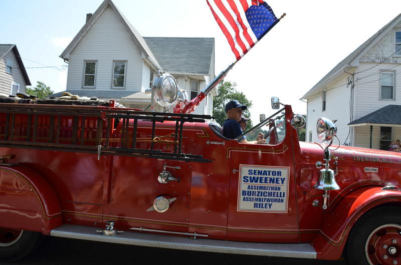 2012 Septemberfest Parade213.jpg