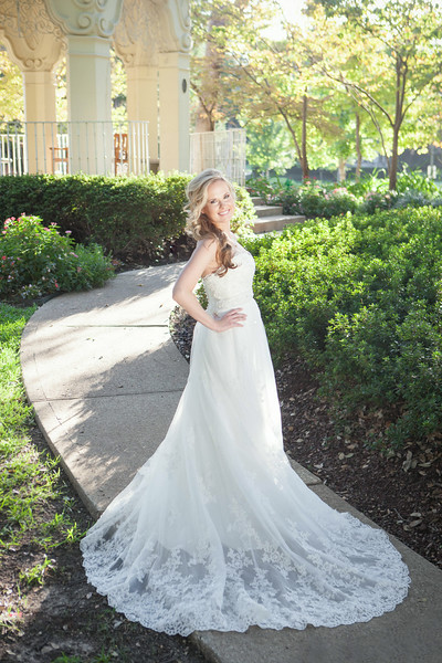 2013_09_25_JulianneBridals_web-27.jpg