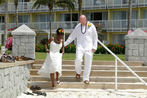Jen & Jeff's Tropical Wedding
