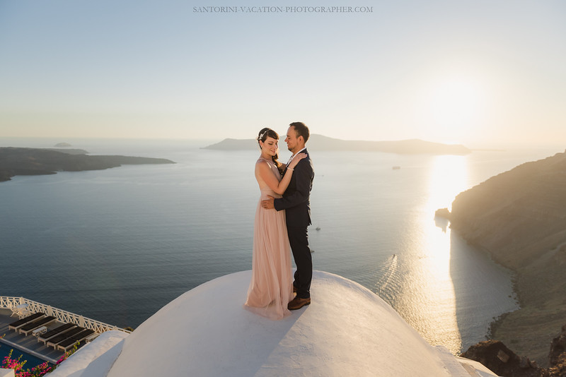 Santorini-photography-photo-shoot-love-story-AnnaSulte--5.jpg
