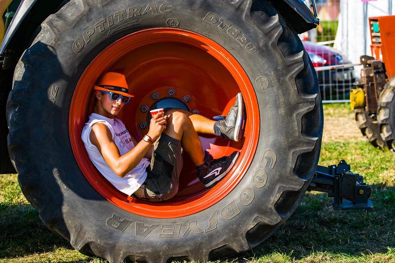 Tractor Pulling 2015-01580.jpg