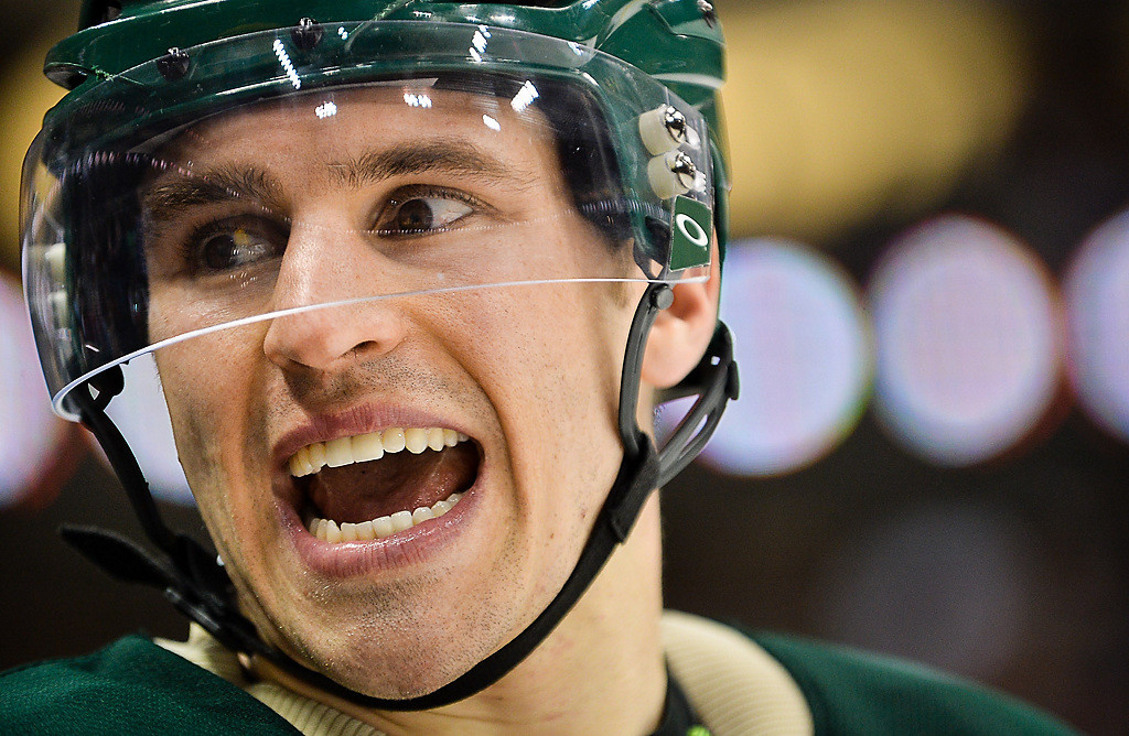 . Wild left wing Zach Parise gets his teammates revved up on the bench in the third period against the Avalanche.  (Pioneer Press: Ben Garvin)