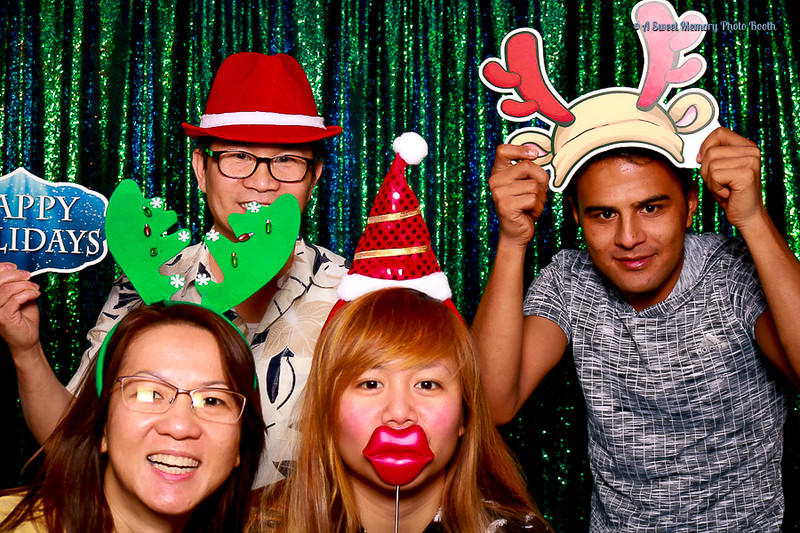 Medtronic Holiday Party -408.jpg