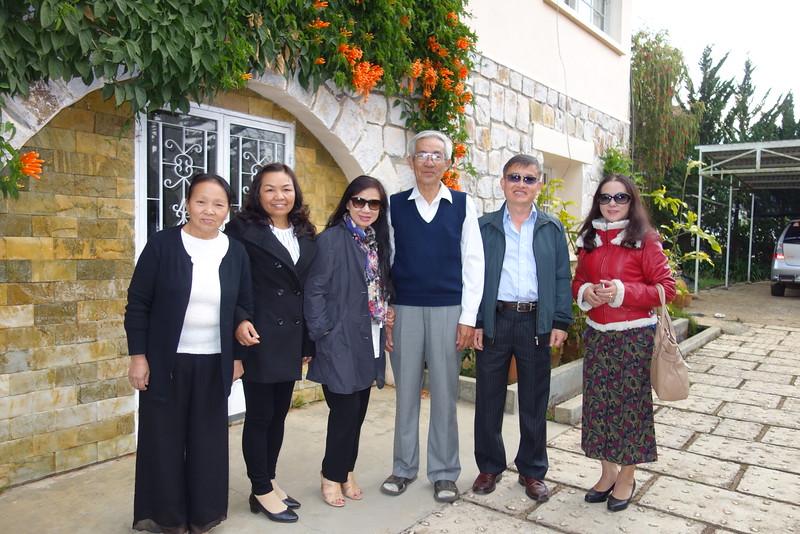 Thanh Loan, Mai Thị Quý,Nhất Anh ,thầy Nguyễn Thanh Châu, Phạm Minh Cường,Nguyễn Thị Tuyết