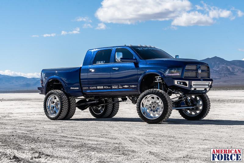 021-Truck-Wurx-Sebastian-Blue-2016-Dodge-3500-Dually-26-Psycho-SFSD-20171106.jpg