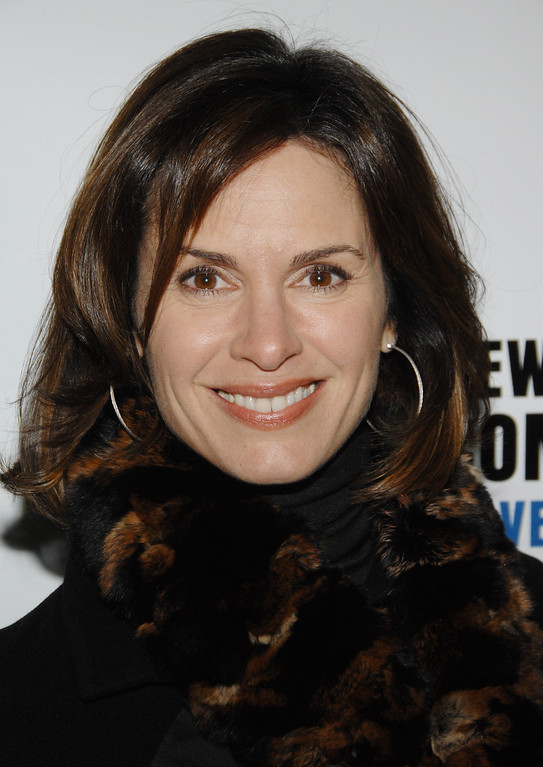 ". Television personality Elizabeth Vargas attends the NY Comedy Festival Event ""Stand Up for Heroes: A Benefit for the Bob Woodruff Family Fund\"", Wednesday, Nov. 7, 2007 at Town Hall in New York. (AP Photo/Evan Agostini)"