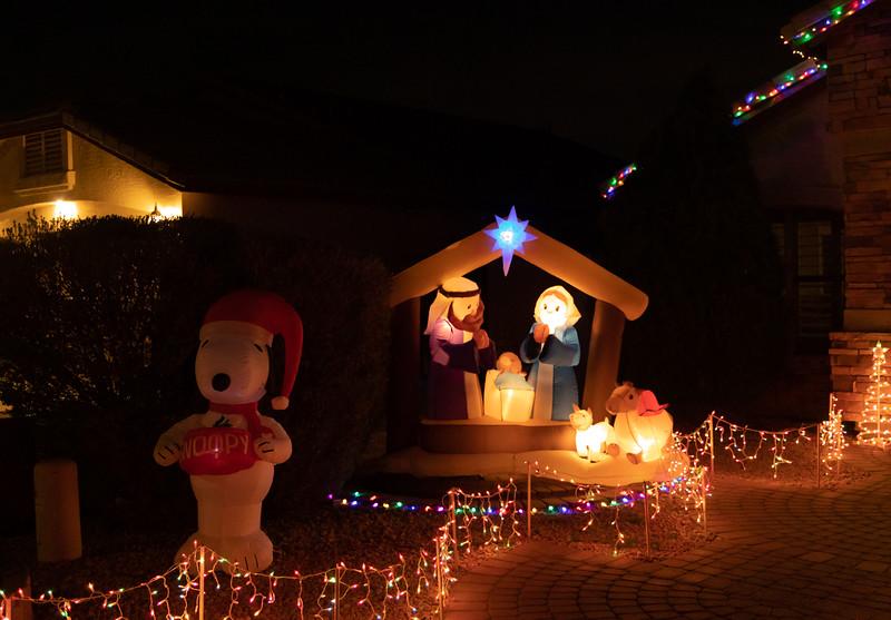 Phoenix Adobe Highlands Neighborhood Lights December 24, 2018  25.jpg