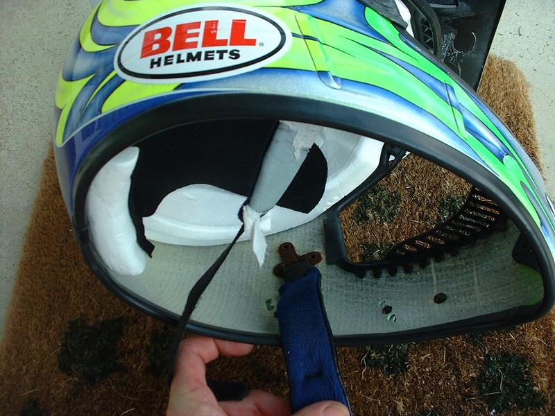 helmet rustt.jpg