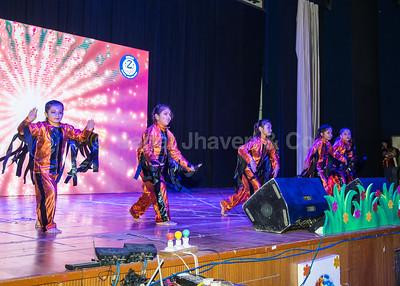 09_Fire Dance by Class 2B