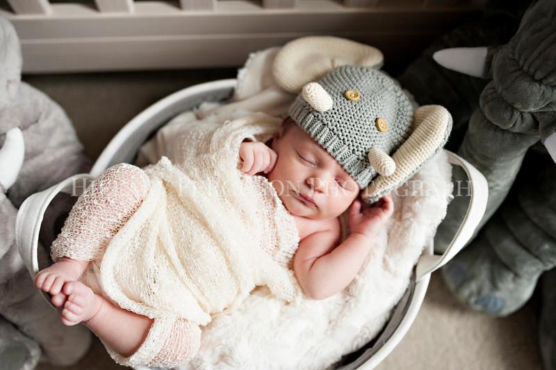 Hillary_Ferguson_Photography_Carlynn_Newborn020.jpg