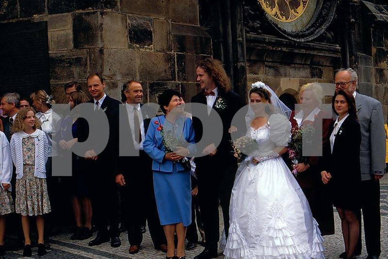 Prague wedding 1.jpg
