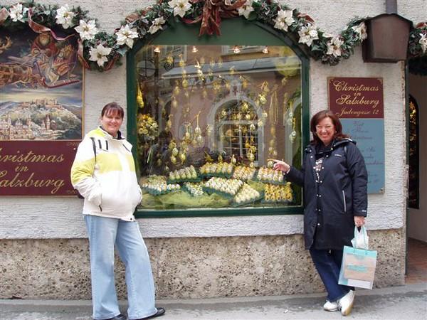 25 December 2003 | Liz & Carol