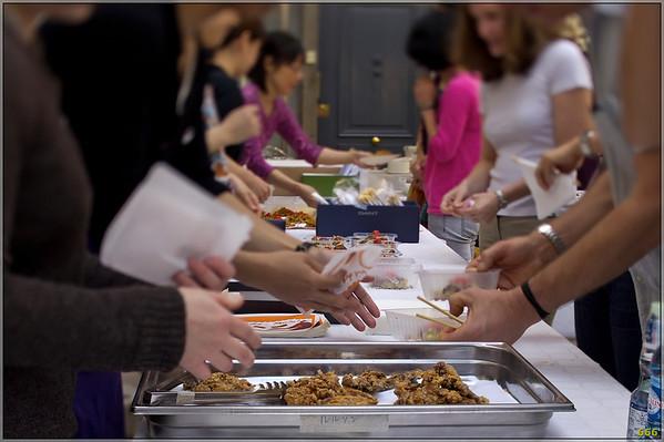 2011-05-01 Soutien des restaurateurs japonais de Lyon aux victimes du  Tsunami