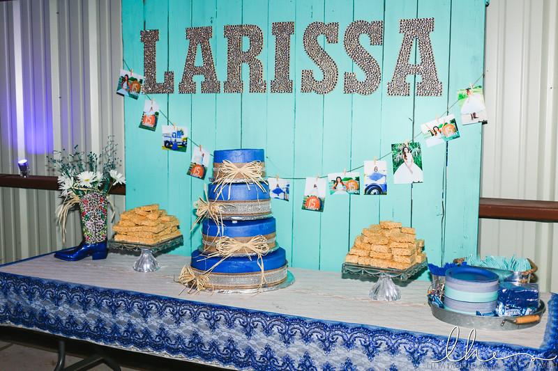 Larissa-10.jpg