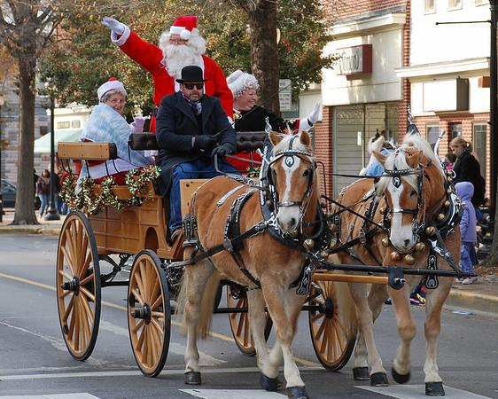 Downtown Dover Christmas Parade
