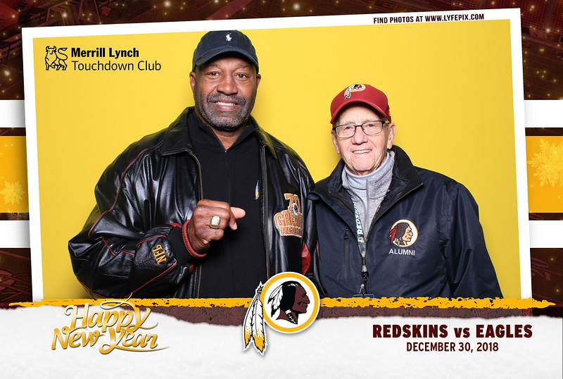 washington-redskins-philadelphia-eagles-touchdown-fedex-photo-booth-20181230-164445.jpg