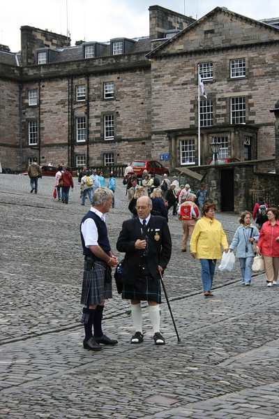 These guides were just chatting on the grounds of the Edinburgh castle.