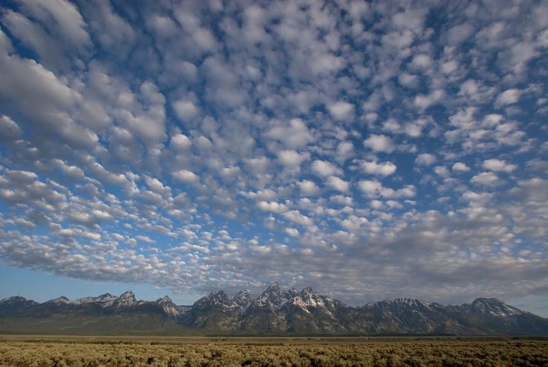 clouds-tetons1.jpg