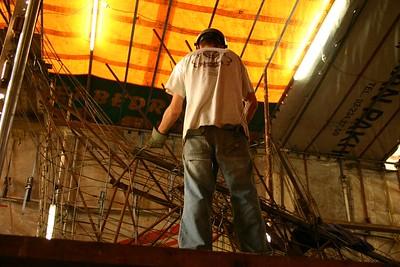 Bloemencorso 2006 - Wagenbouw (16 augustus)