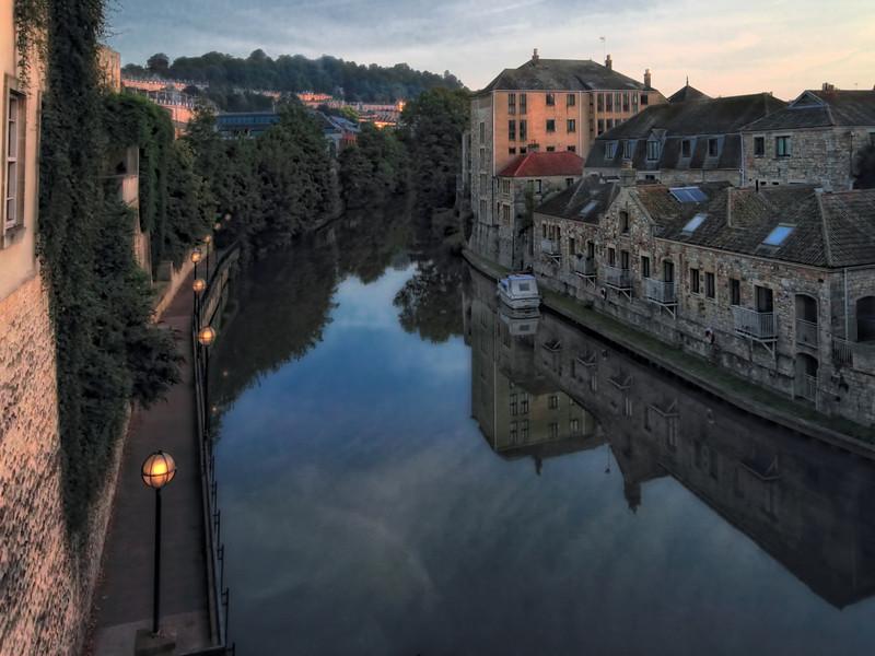 The Avon river at dawn - in Bath