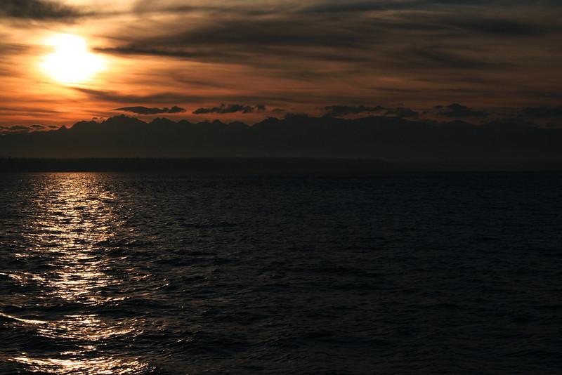 080221-001 (Sunset, Useless Bay, Whidbey Is, WA).jpg