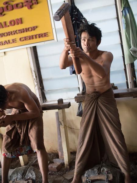 171812 Mandalay 2562.JPG