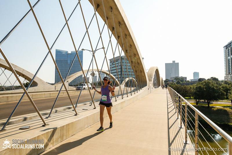 Fort Worth-Social Running_917-0576.jpg