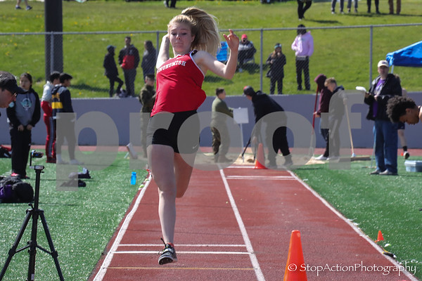 2018-04-21 Eason Invitational - long jump