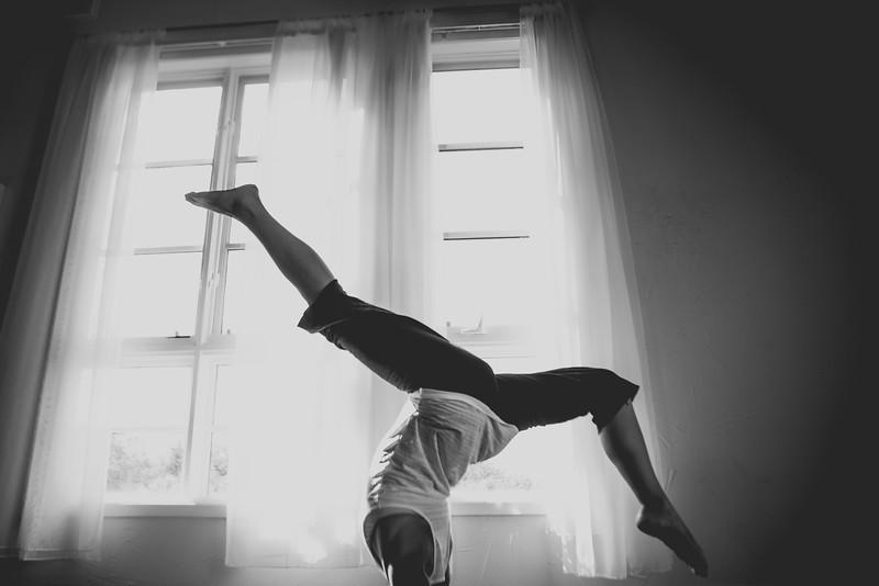 2014 10 10 Kelly goRockett yoga-11.jpg