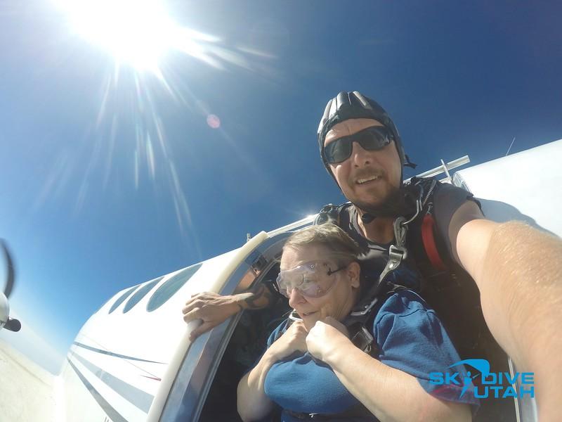 Lisa Ferguson at Skydive Utah - 15.jpg