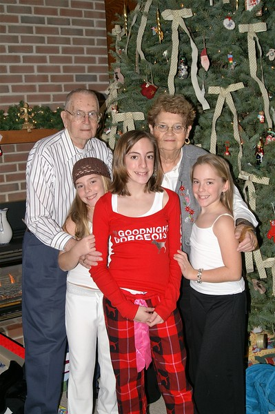 Christmas 2005 077.jpg