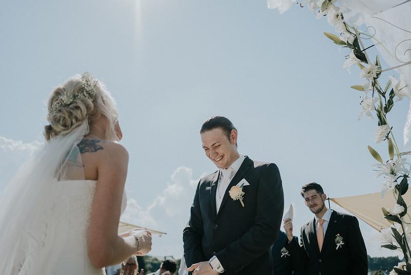 Tu-Nguyen-Wedding-Hochzeitsfotograf-Hochzeitsreportage-Neuwied-Bonn-Koblenz-Jan-Jessica-72.jpg