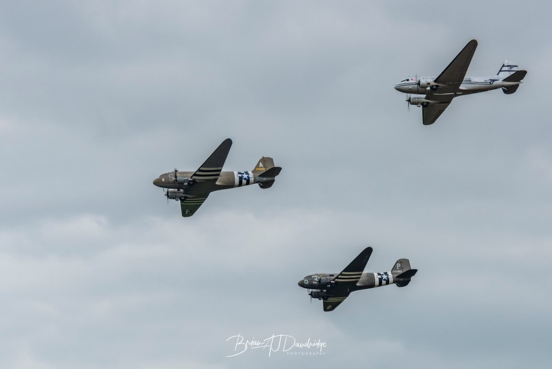 DC3 / C47 Fly-by at Duxford, Flying Legends
