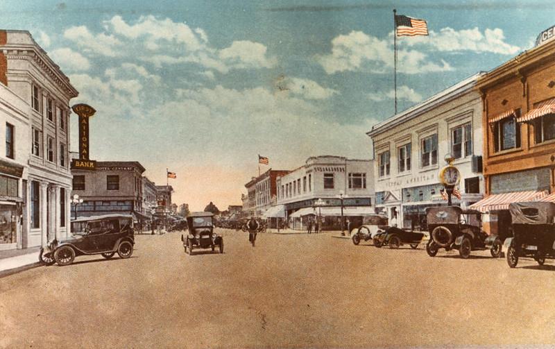 Anaheim-CenterStreet-1917.jpg