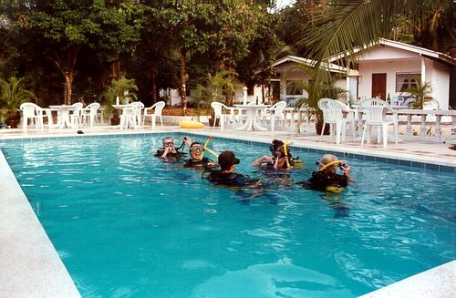 Dive training in the pool at Khao Lak
