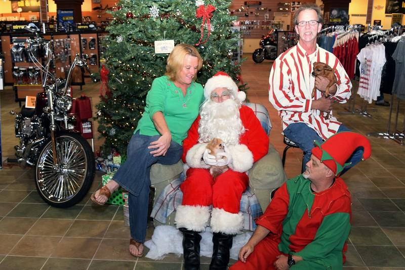 2014 Santa Visits J&P Cycles Florida Superstore (64).JPG