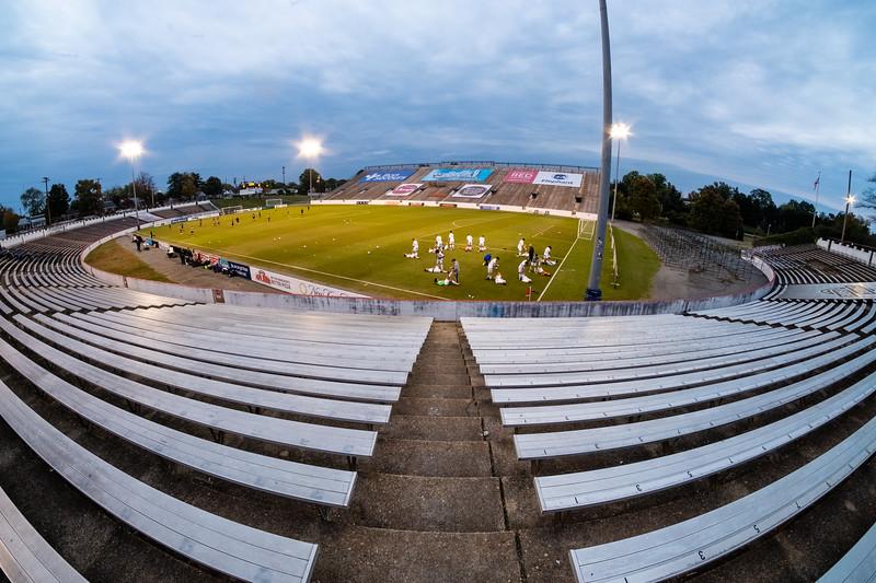 TCS Varsity Soccer 2019-4106.jpg
