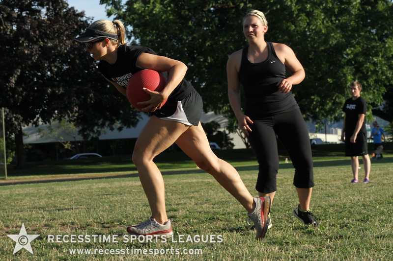 Recesstime_Portland_Kickball_20120716_3566.JPG