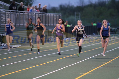 Girls 200M - 2016 MHSAA T&F Regional 9-1