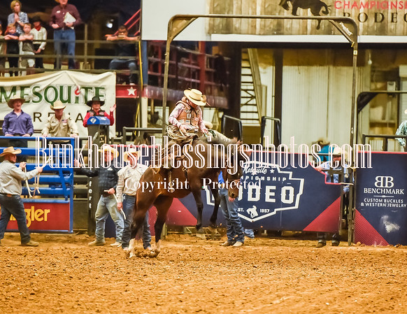 WOMENS RANCH BRONC RIDING