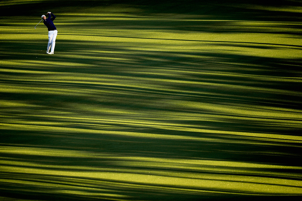 . Stewart Cink of the United States hits his second shot on the second hole during the first round of the 2014 Masters Tournament at Augusta National Golf Club on April 10, 2014 in Augusta, Georgia.  (Photo by Harry How/Getty Images)