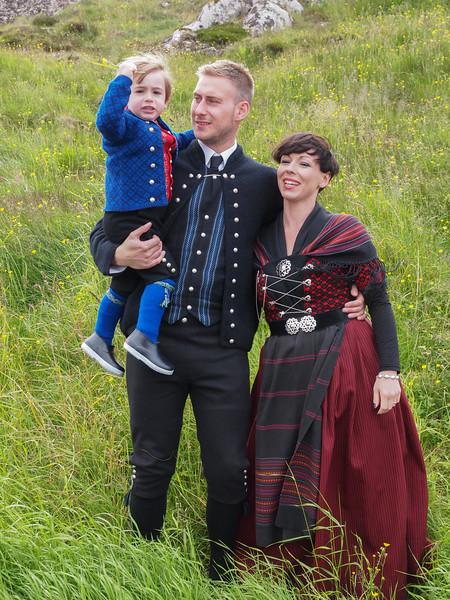 Hans Christian, Marina og lille Joannes. Foto- Martin Bager-7298328.jpg
