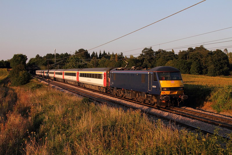 90034 working 1P61 1830 Norwich to London Liverpool Street at Swainsthorpe on the 30th August 2016.JPG