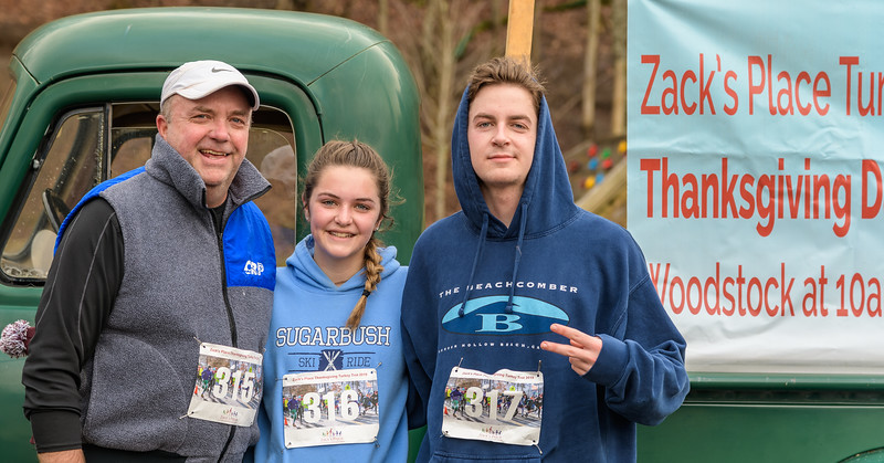 2019 Zack's Place Turkey Trot -_8507839.jpg