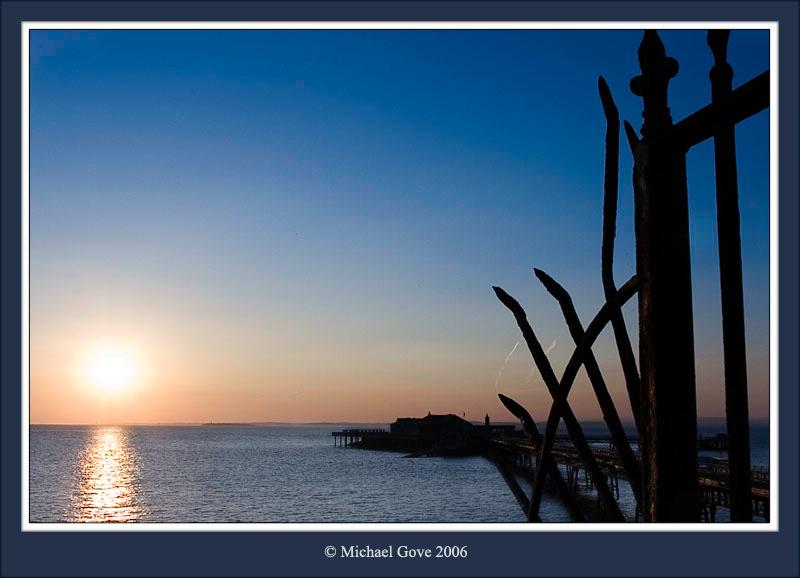Weston Super Mare Pier (63149330).jpg